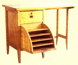 Zeki Kocamemi'nin ürettiği bir çalışma masası